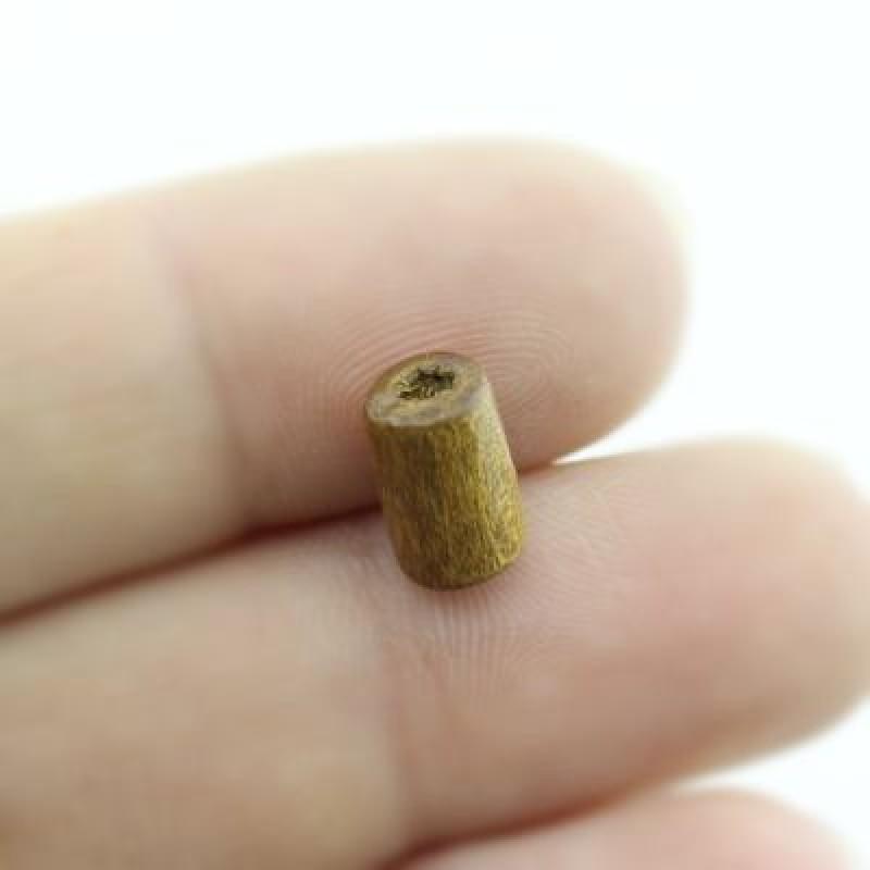 Бусины деревянные 10х6 D=6 мм 1 гр (7 шт) #1887