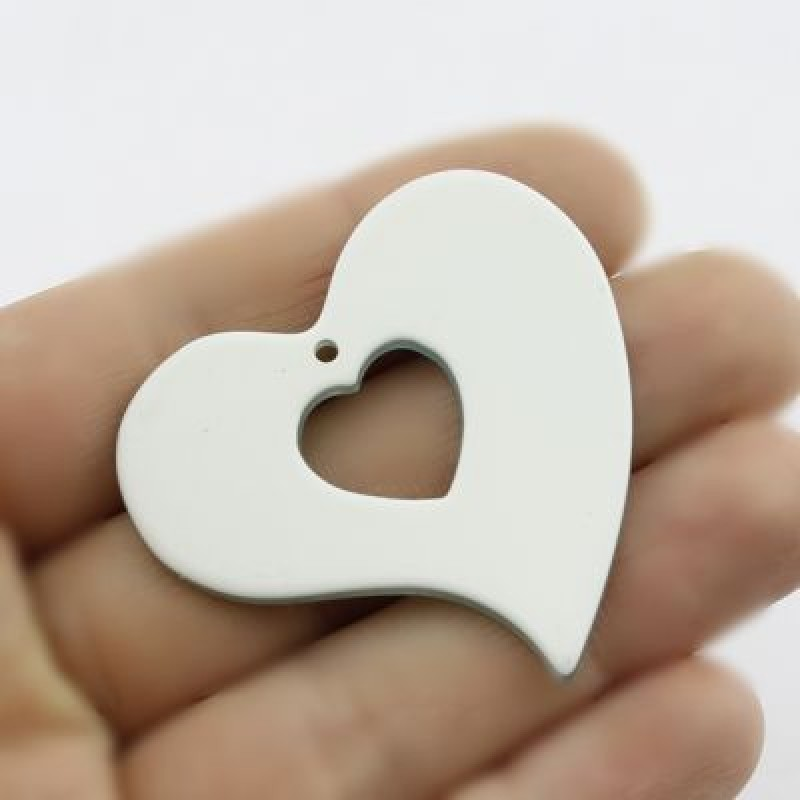 Акриловая подвеска Сердце 42х44 #1639