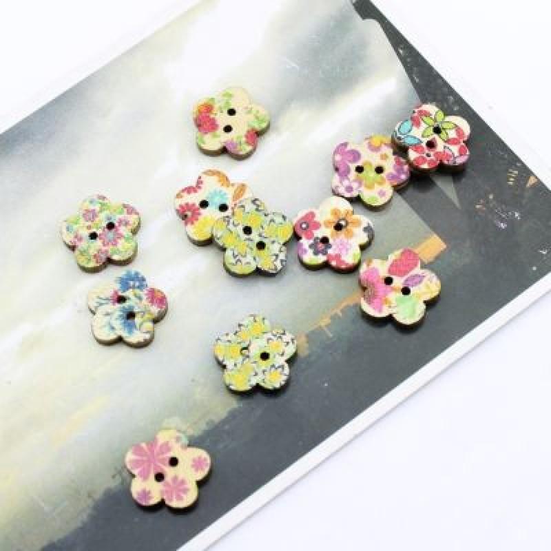 Пуговица цветочек 15х3 #2128