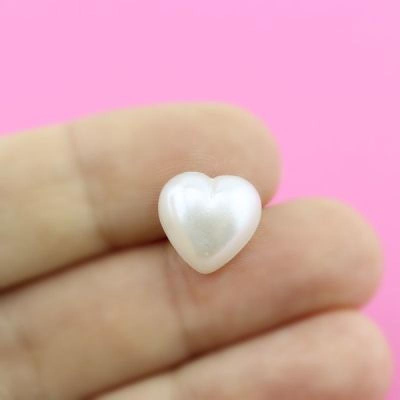 Полубусины Сердечки  12мм, 1шт Белые #4283