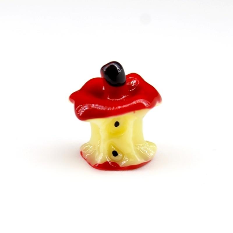 Маленький огрызок от яблока #1366