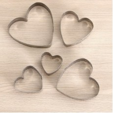 Набор форм для вырезания Сердечки #10061