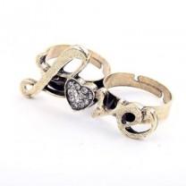Кольцо Love #9040