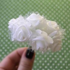 Связка из цветов с сеткой 6шт #5520