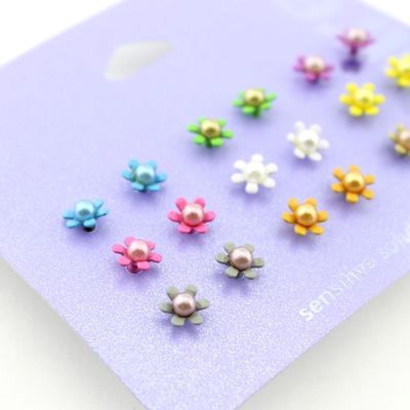 Набор серёжек Цветочки (9 пар) #3782