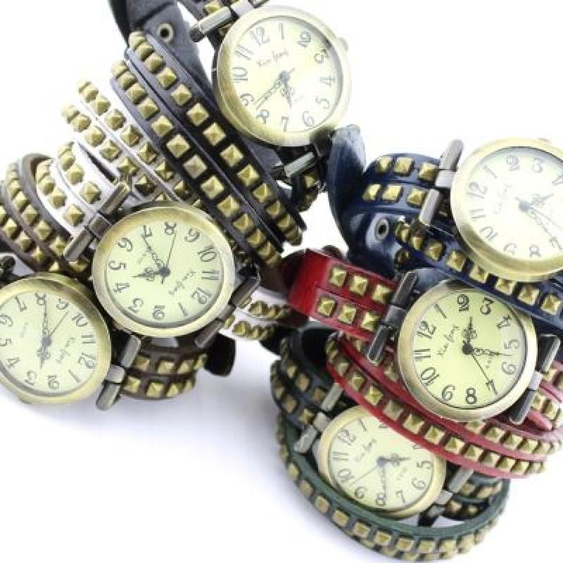 Часы с Шипами на Ремне #3851